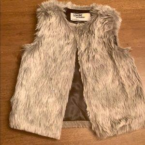 OshKosh Fur Vest 2T/3T Gray